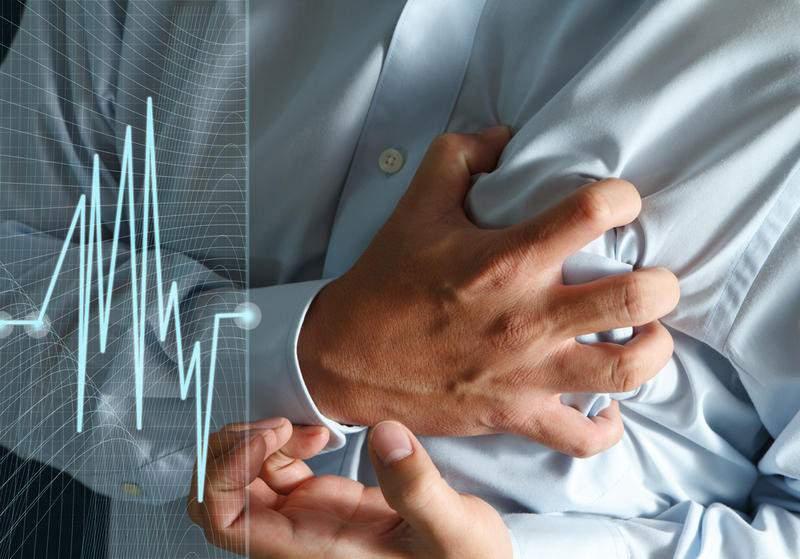 Медики объяснили, о чем говорят боли в сердце