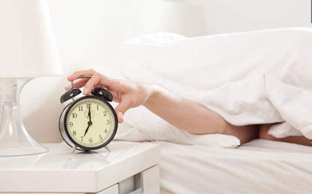 Медики рассказали, сколько нужно спать для здоровья сердца