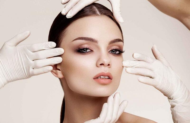 Стоит ли обращаться к косметологу?
