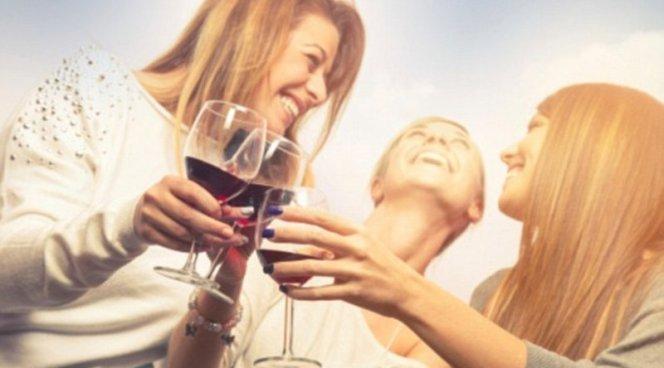 Алкоголь не вредит сердцу, но и не помогает ему