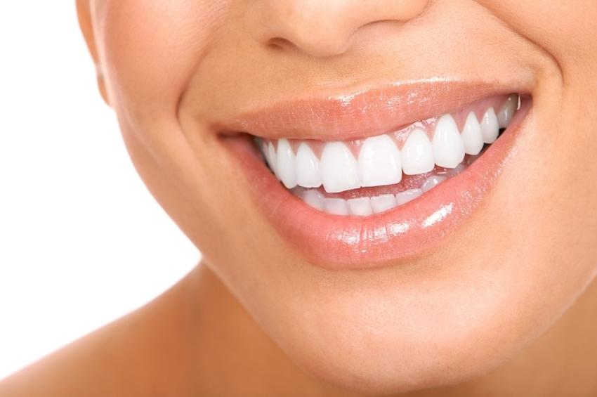Стоматология. Получите красивую улыбки с естественной стоматологией