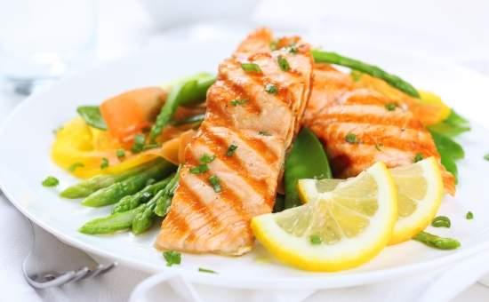 Врачи рассказали, можно ли диабетикам есть рыбу