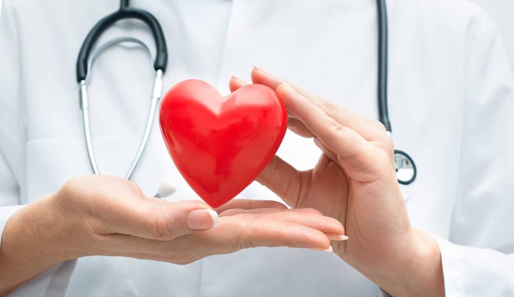Почему стоит посещать кардиолога?