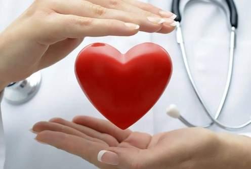 Медики назвали продукты, затрудняющие работу сердца
