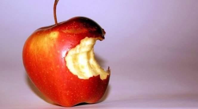 Медики подсказали, какой фрукт особенно полезен «сердечникам»