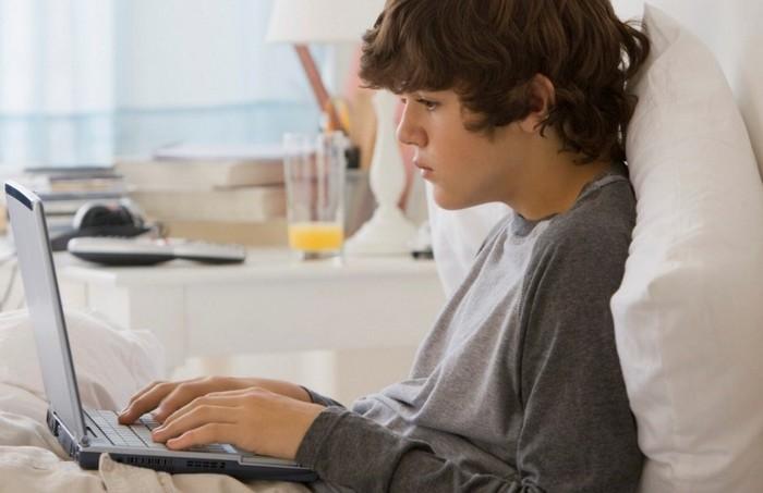 Интернет зависимость у подростков и ее признаки