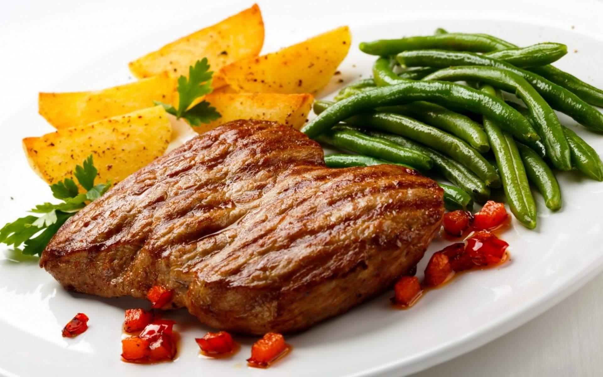 Врачи подсказали, как нормализовать уровень холестерина в крови