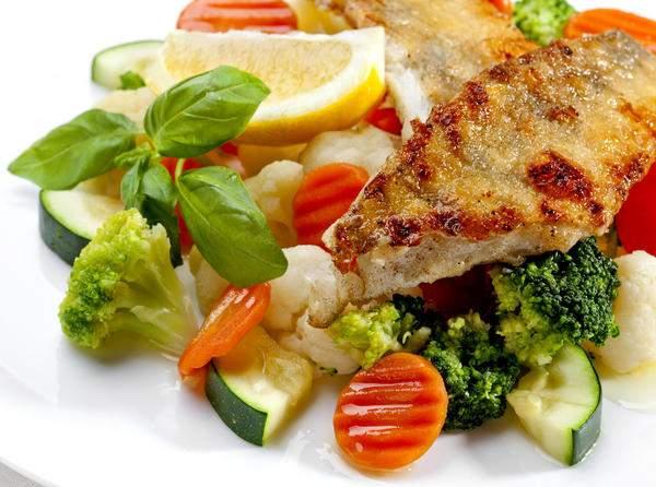 Овощи и рыба оздоровляют сердце при гипертонии