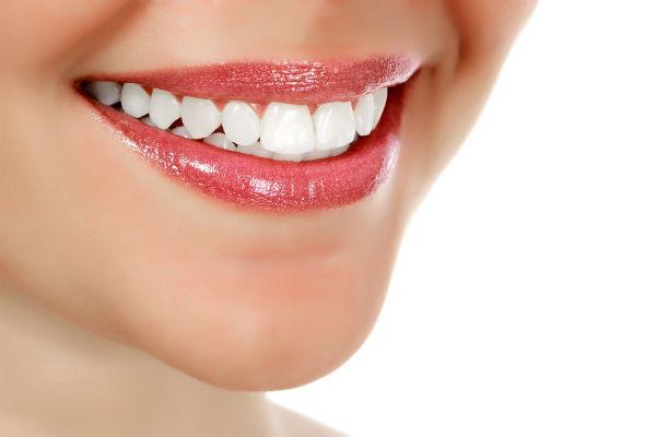 Особенности работы стоматологического центра «Имплант Сити»