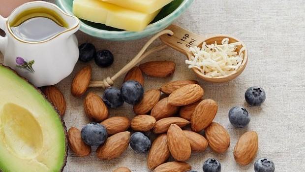 Ежедневная горсть орехов защищает диабетиков от сердечно-сосудистых заболеваний