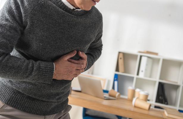 Кардиологи назвали симптомы, предупреждающие об инфаркте