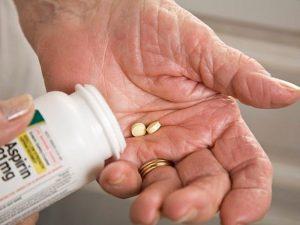 В США более не рекомендуют аспирин для защиты от инфарктов