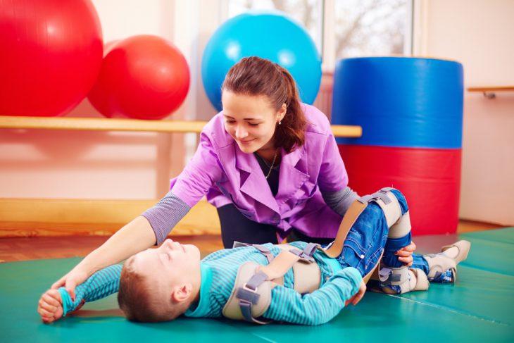 Терапия ДЦП у ребенка