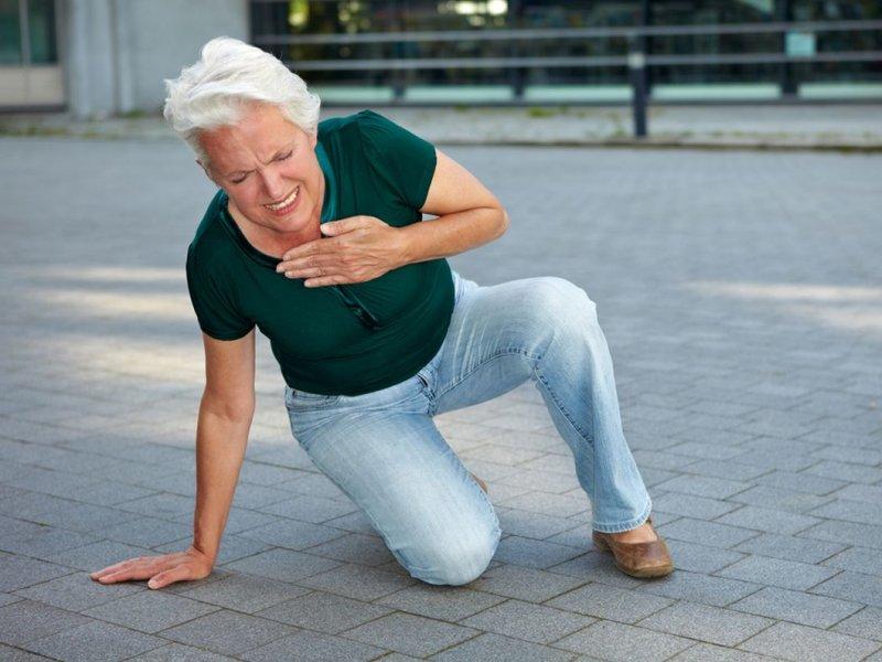 Врачи: симптомы инфаркта у женщин отличаются от мужских