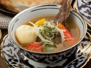 Подагра, болезни печени и сердца: когда может быть вреден суп