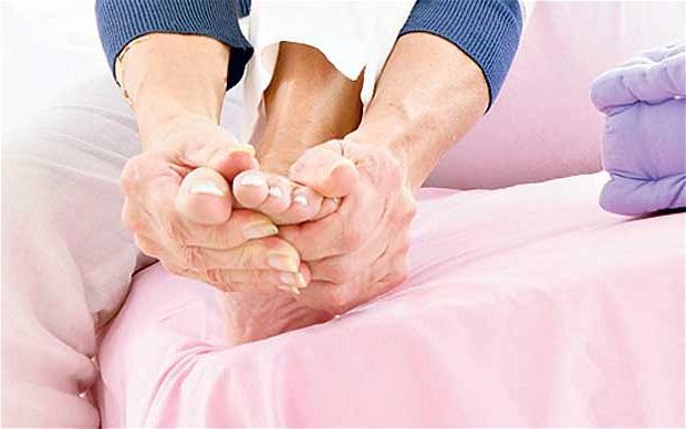 Холодные руки и ноги — причины, заболевания