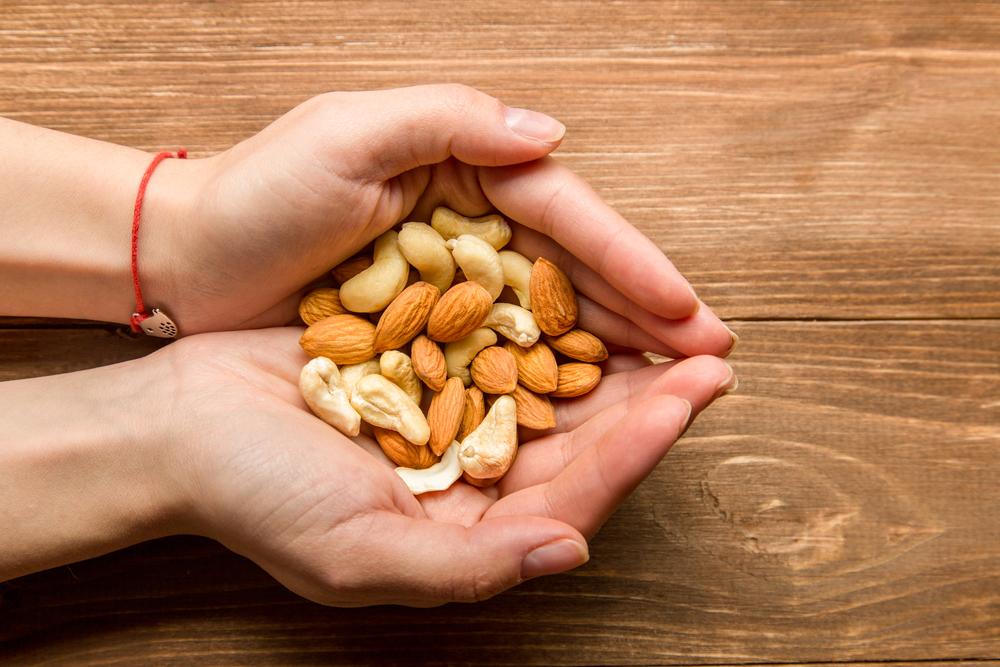 Выяснили, какие орехи — самые полезные для сердца