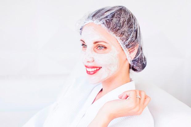 Что делают в кабинете косметолога тридцатилетние