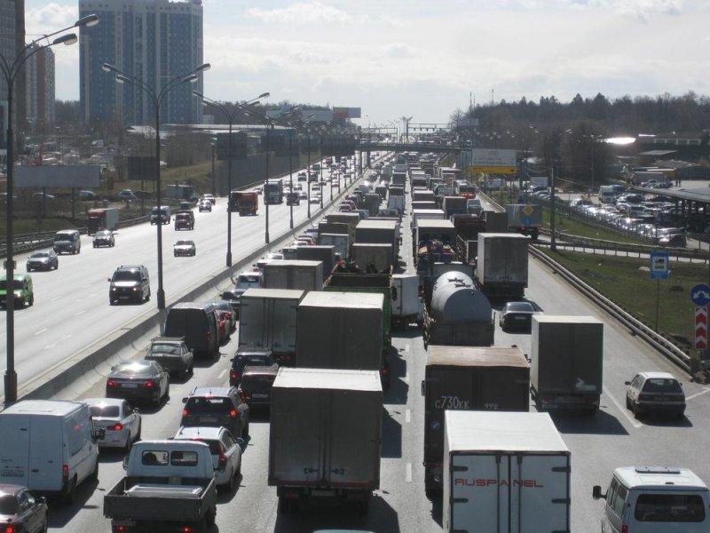 Транспорт под окном увеличивает опасность инсульта