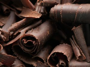 Чем полезен темный шоколад