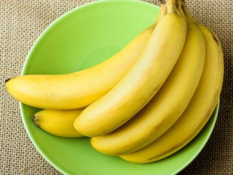 Врач объяснил, как могут навредить бананы россиянам