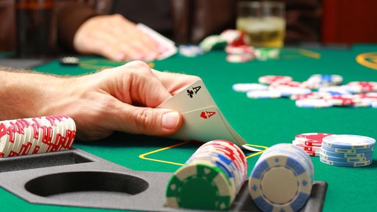 Азартные игры: в чем опасность и вред?
