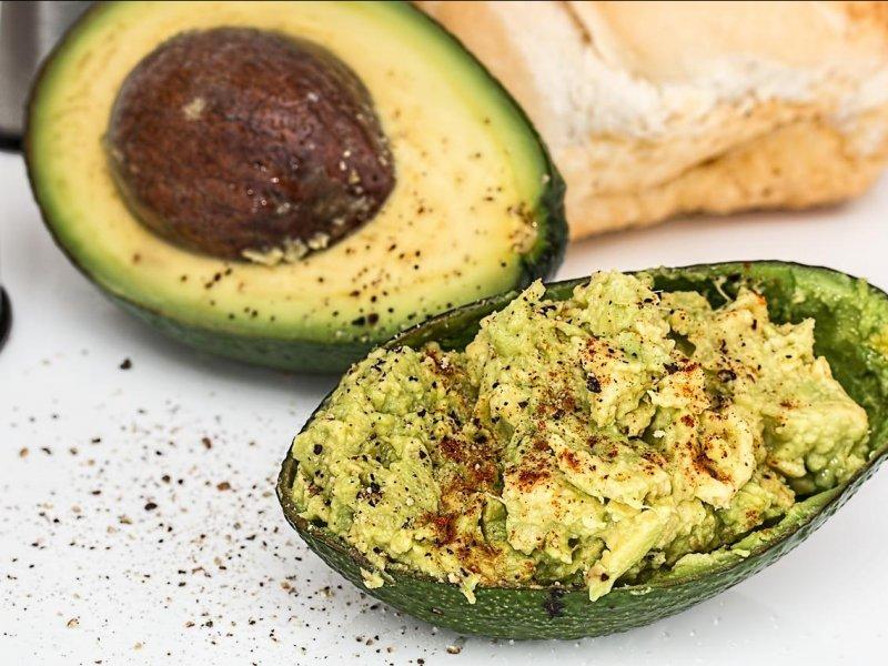 Авокадо — суперфуд для сердца, глаз и красивой кожи