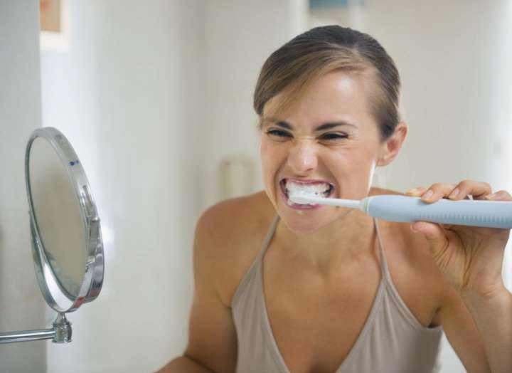 Чистка зубов поможет защитить сердце