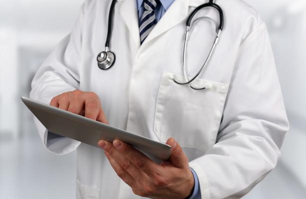 Медик перечислил признаки возможной смерти из-за отрыва тромба