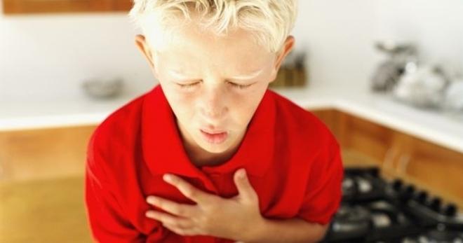 Анафилаксия – отличие от анафилактического шока и первая помощь