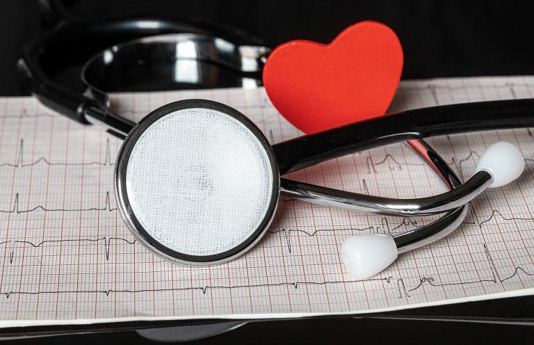Что делает кардиолог при приеме пациента