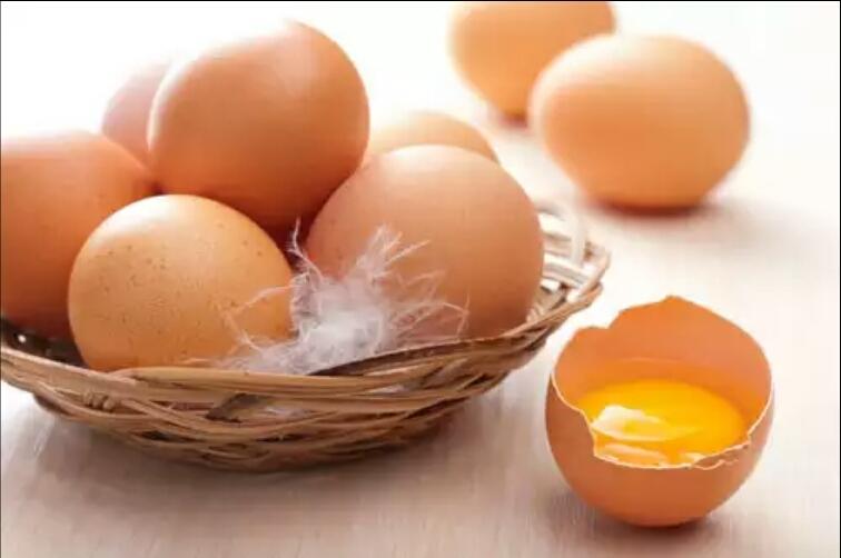 Как обычные куриные яйца могут уберечь нас от инсульта?