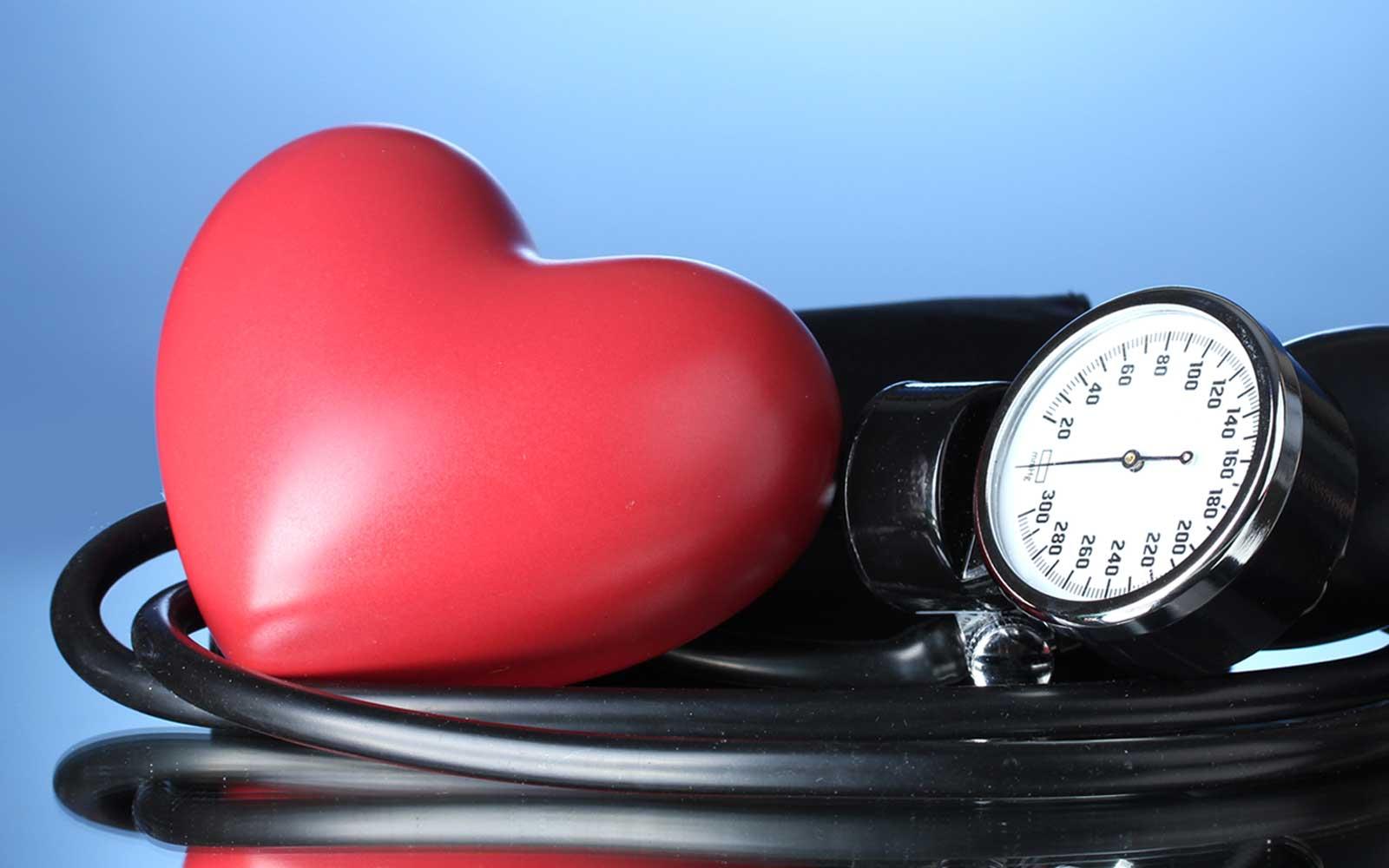 Гипертония: причины, симптомы, лечение, факторы риска