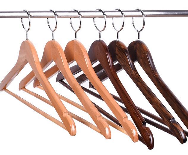Вешалки деревянные для одежды: обзор
